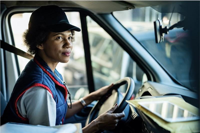 现在是成为一名卡车司机的最佳时机