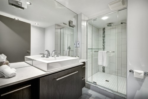 Great Bathroom Remodeling Ideas From A Hotel Bath