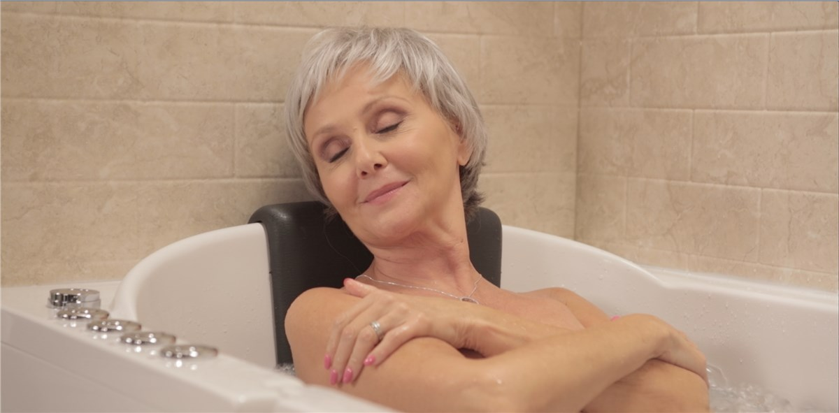 Walk-In Tubs | Walk-In Bathtubs for Elderly | Handicap Accesible ...