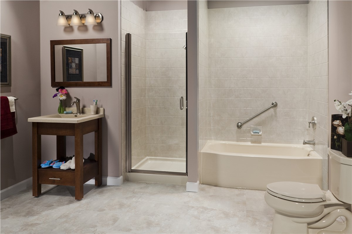 Bathroom remodeler gallery photos bathroom remodel bath planet - Bathtub in shower ...