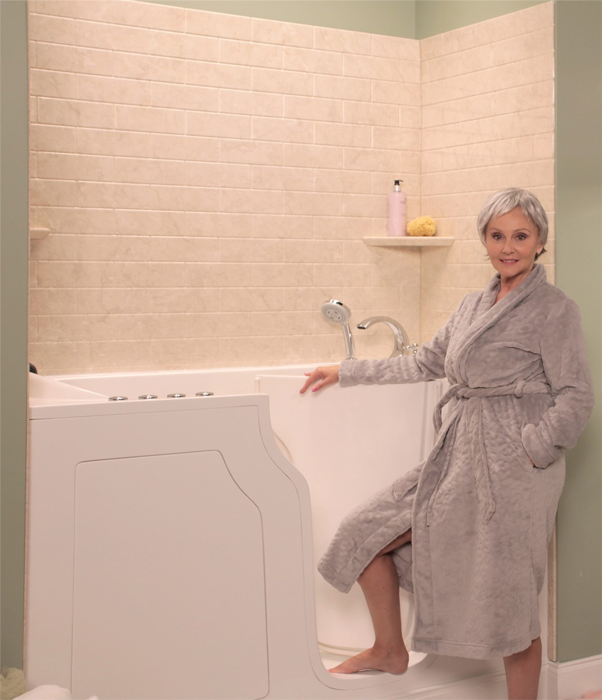Walk-In Tubs | Walk-In Bathtubs for Elderly | Handicap Accesible ...