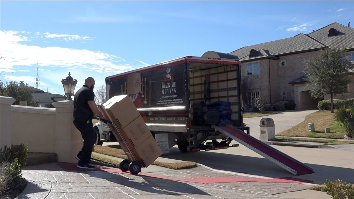 Swell Movers For Frisco Tx Dallas Movers Black Tie Moving Download Free Architecture Designs Grimeyleaguecom