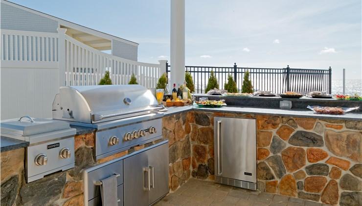 Outdoor Kitchens - Outdoor Kitchen Design Photo 1