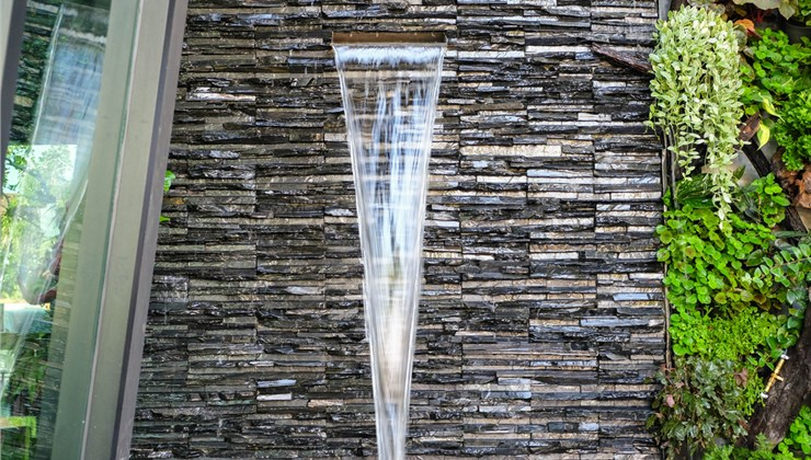 Water Features - Water Wall Photo 1