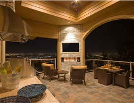 Fire Features - Outdoor Fireplaces Photo 3