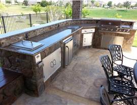 Outdoor Kitchens Photo 4