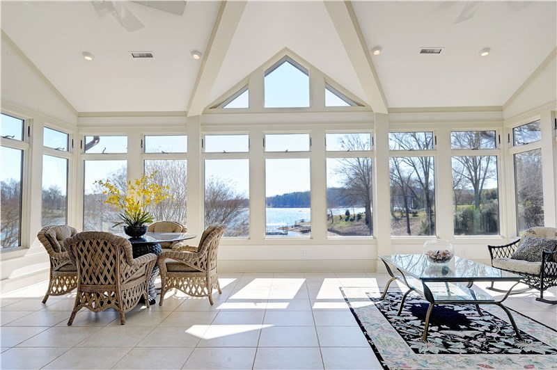 Design and Build Your Custom Sunroom Addition
