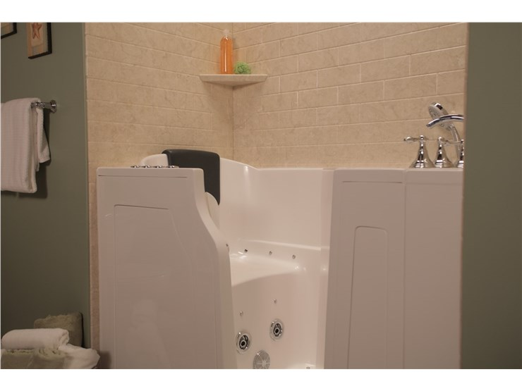 Chicago Bathroom Remodeling | Bath Remodelers Chicago IL ...