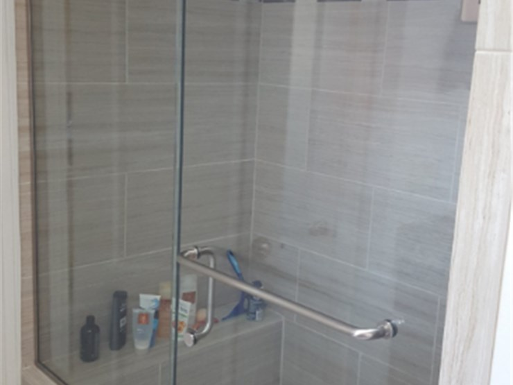 Quad cities bathroom remodeling luxury bath of quad cities for Bathroom remodel quad cities