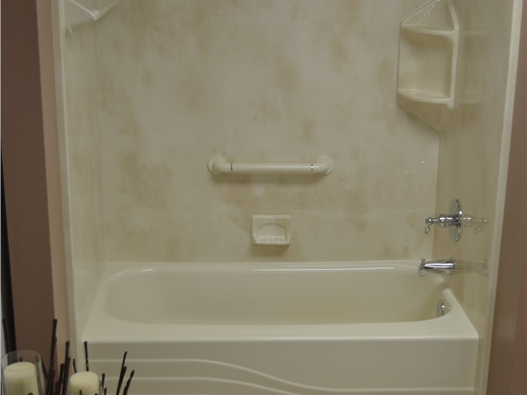 Quad cities bathroom remodeling luxury bath of the quad for Bathroom remodel quad cities