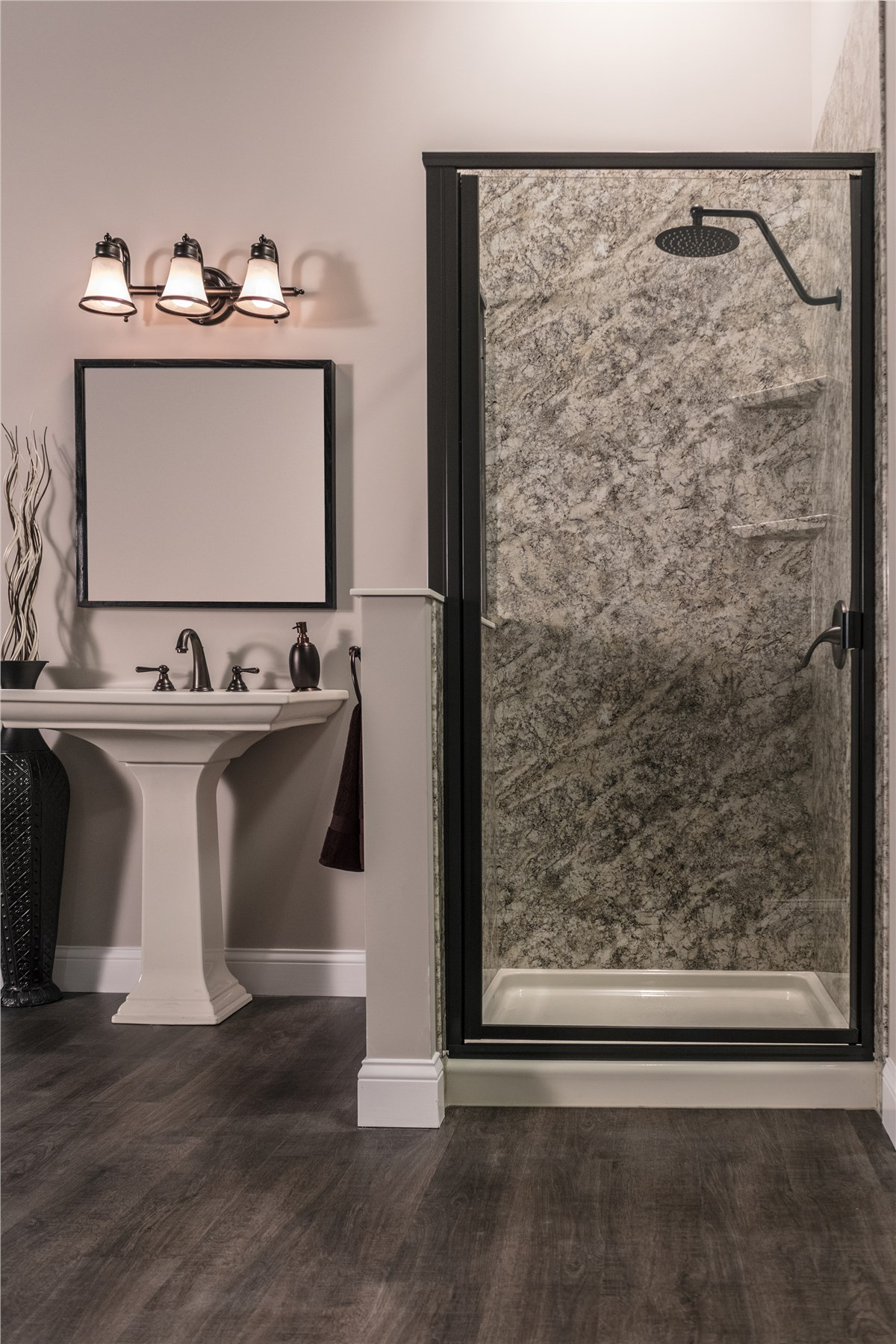 Shower Surrounds | Shower Walls | Luxury Bath